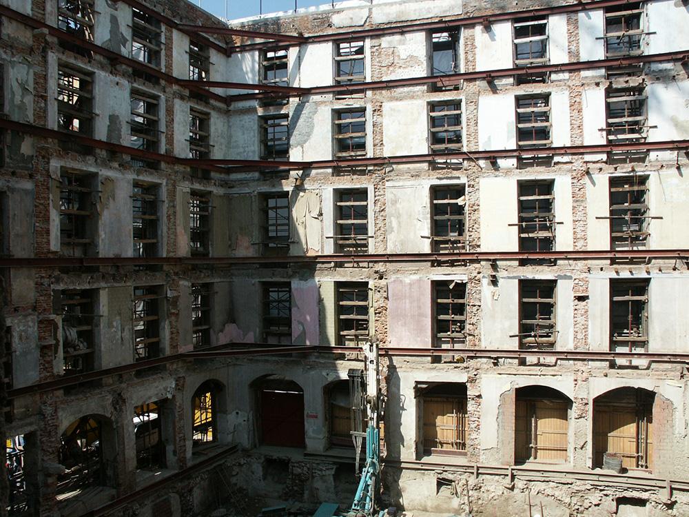 Edifcio-via-dell'Orso-Marcora-Foto-01
